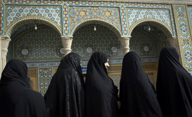 Iranian women, before and after the Islamist takeover
