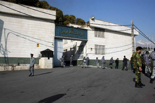 Political prisoners deliberately kept in criminals' wards in Iran