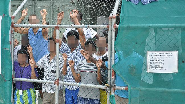 Two Iranian asylum seekers bashed by police on Manus Island, says rights group