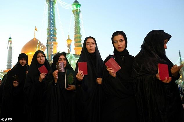 Permission to travel — a nightmare for many Iranian women