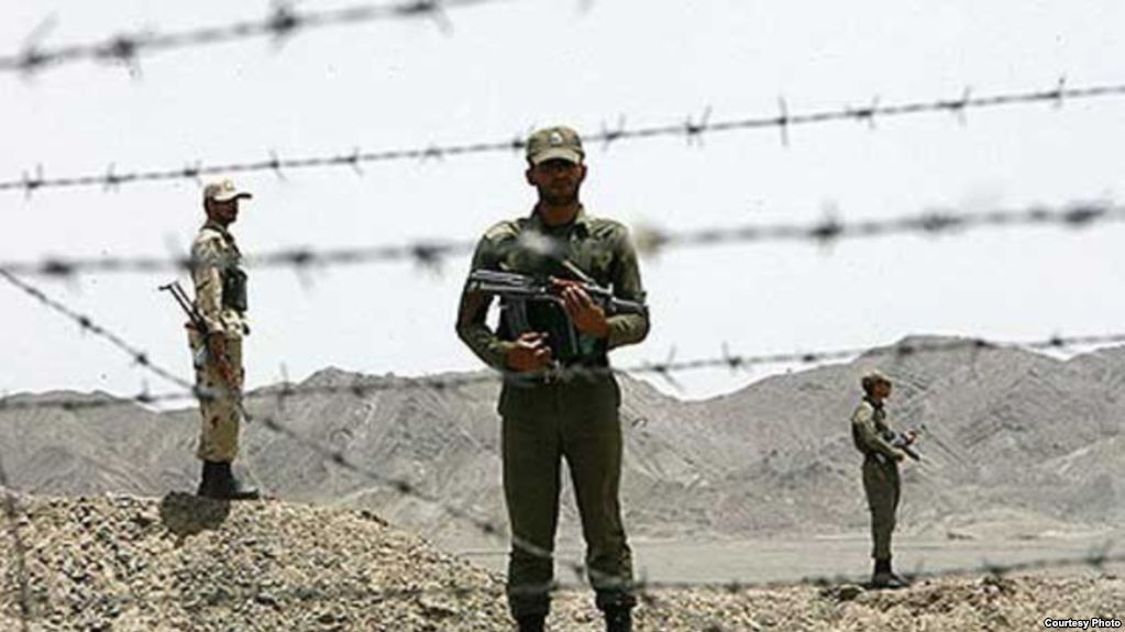 Iranian soldier shot three policemen to death
