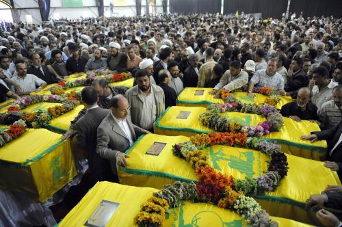 15 Hezbollah fighters, Lebanese mediator killed in clashes with militants