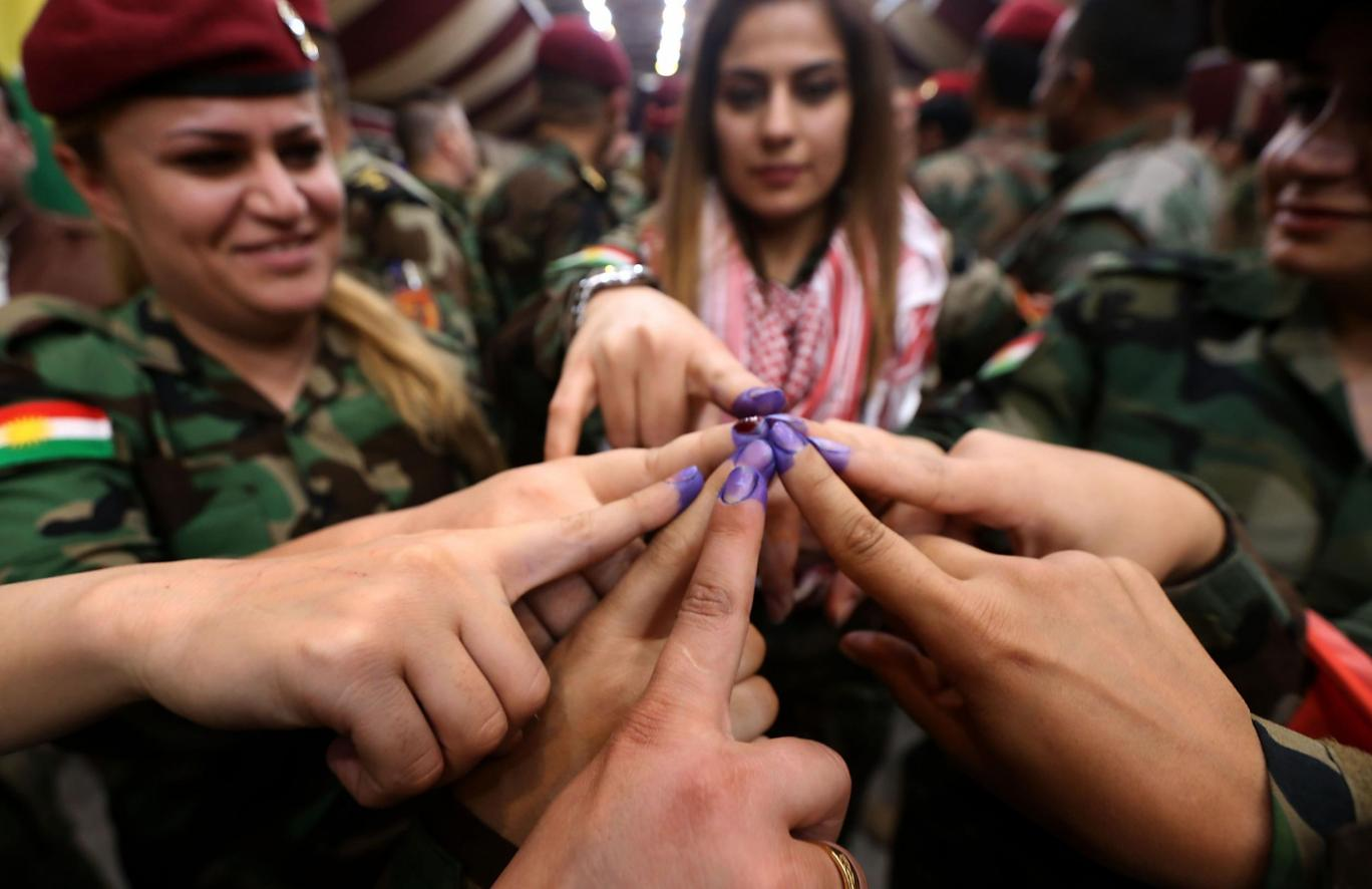 Iran closes border with Iraqi Kurdistan over independence vote fears