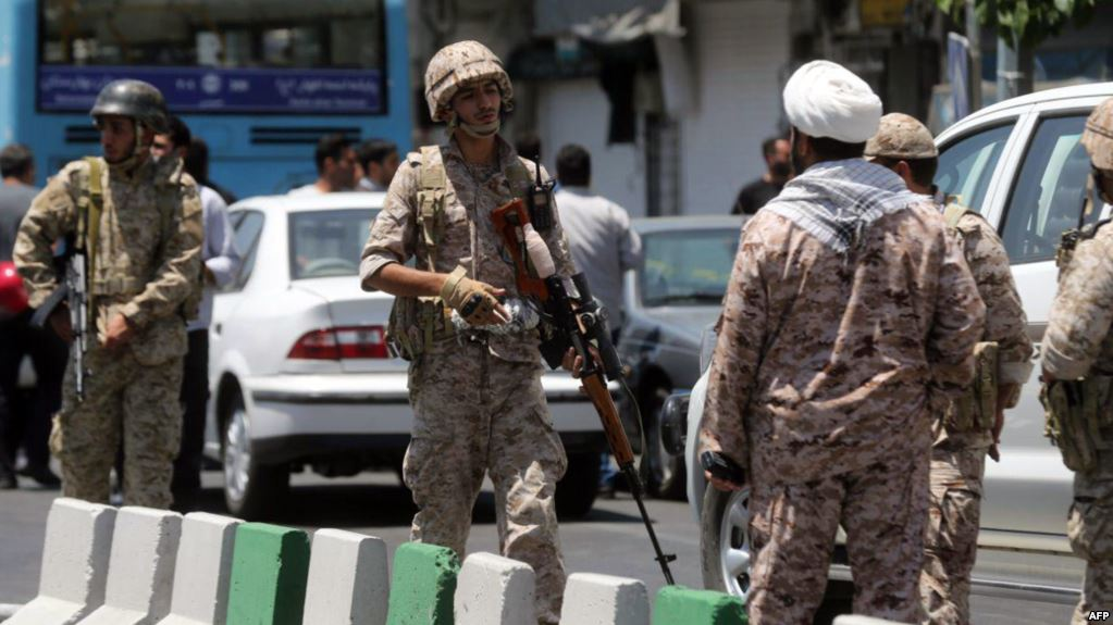 Sunni militants attack Iran Revolutionary Guards vehicle