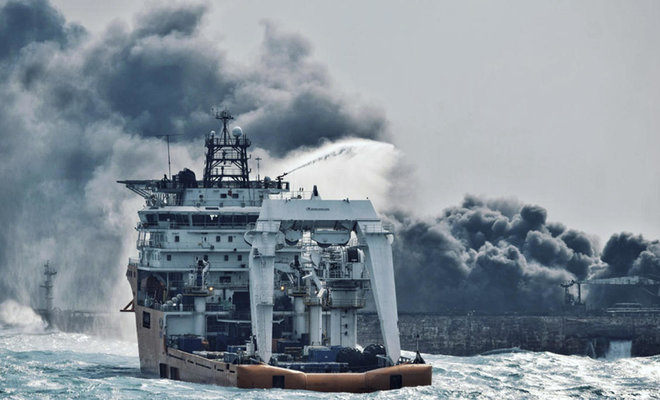 U.S. warns Iranian oil tankers may be courting 'environmental disaster'