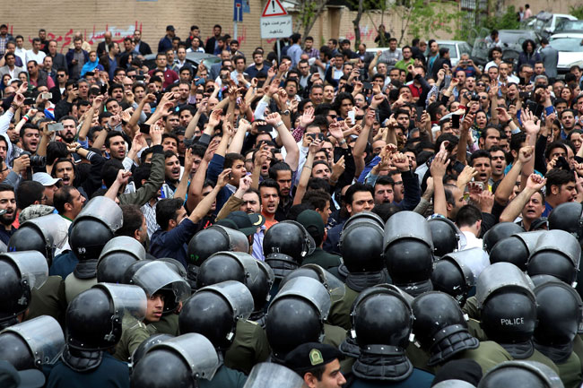 Trump's targeting of Iran comes as Islamic leaders torture and kill 8,000 protesters