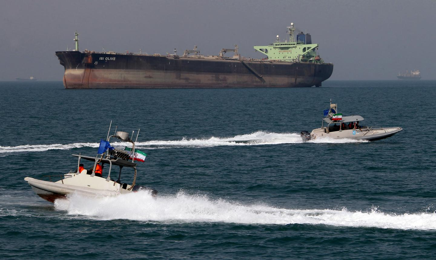 Web of Lebanese companies may be shipping Iranian oil to Syria