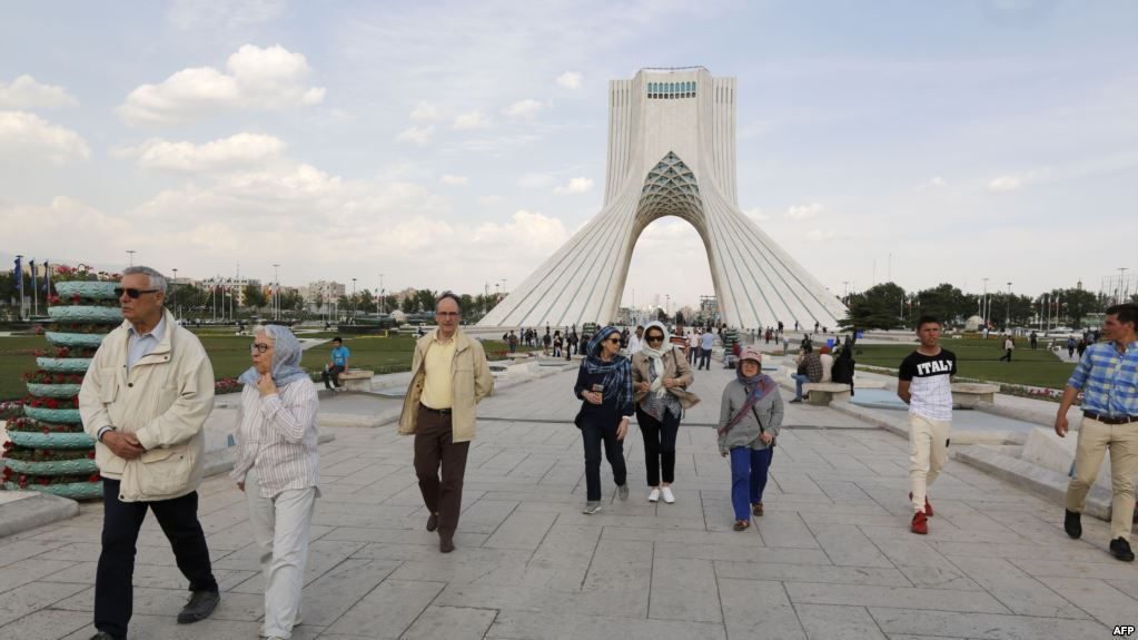 Coronavirus pandemic costs Iran's tourism and airline industries $400 million