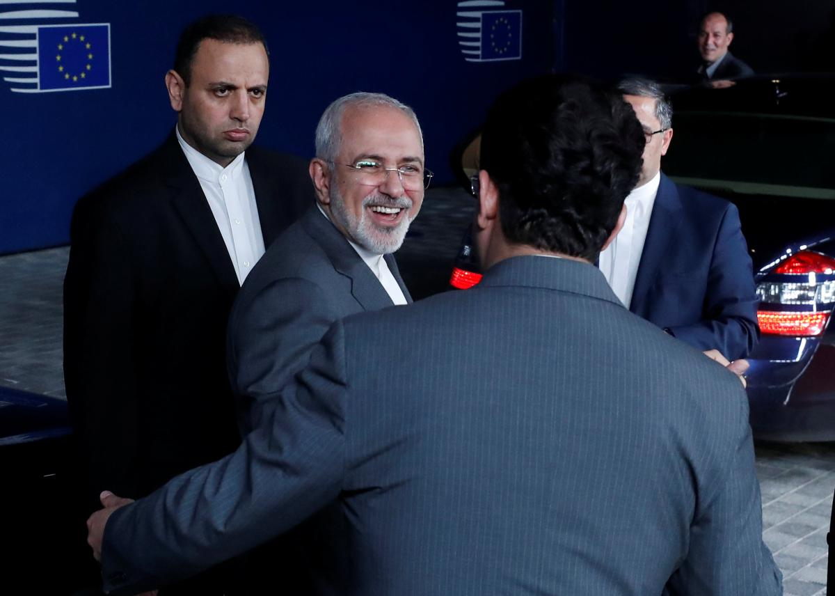Iranian foreign minister challenges Trump to return to nuclear deal