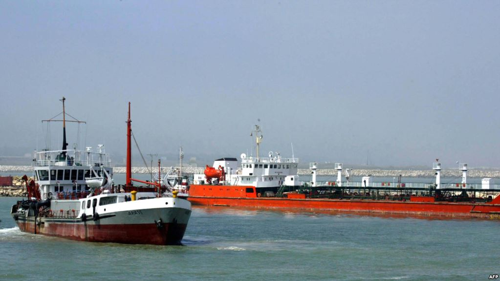 Crew of Iranian cargo ship poisoned, 3 seamen die