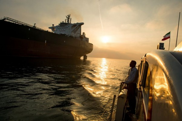Iran cuts Oct crude prices to Asia