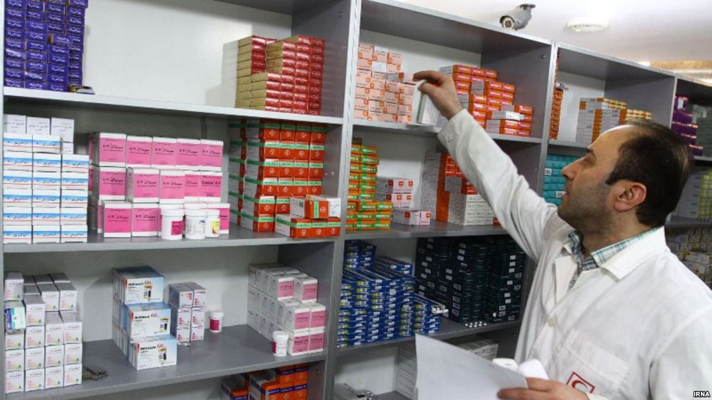As currency drops Iran faces shortages of medications