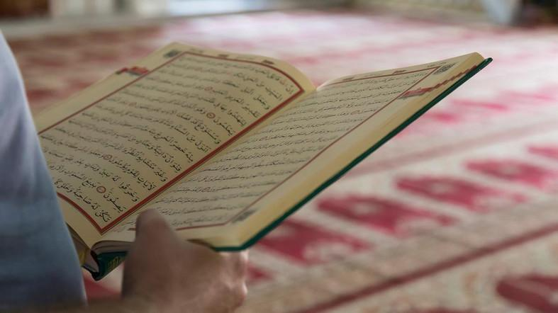 Turkish court orders Iranian refugee to report similarities between Quran, bible