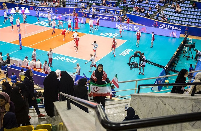 Iranian female fans allowed into stadium