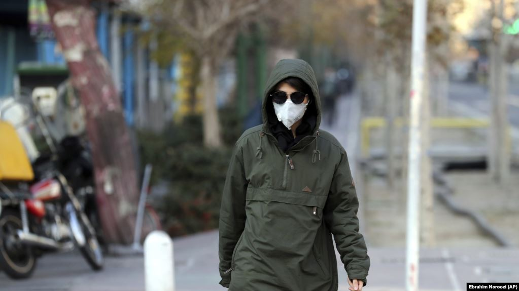 Harmful oil bi-product used in Iranian cities, polluting the air