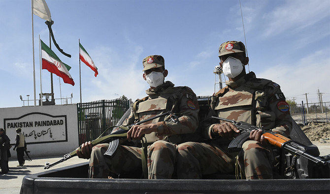 Pakistan army says 37% fencing work on Iran border completed
