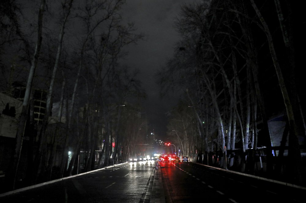 How a corrupt 'privatization' drive led to blackouts in Iran