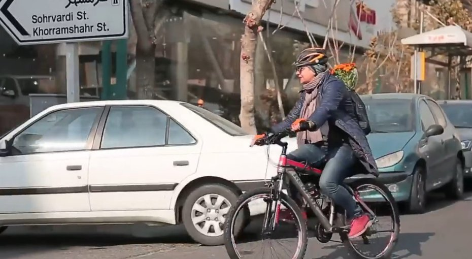 A Female journalist's diaries of riding a bicycle in Tehran