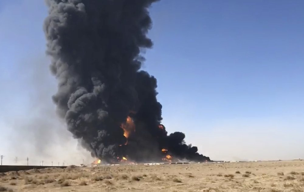Probe launched into explosion of 100 fuel tankers on Afghanistan-Iran border