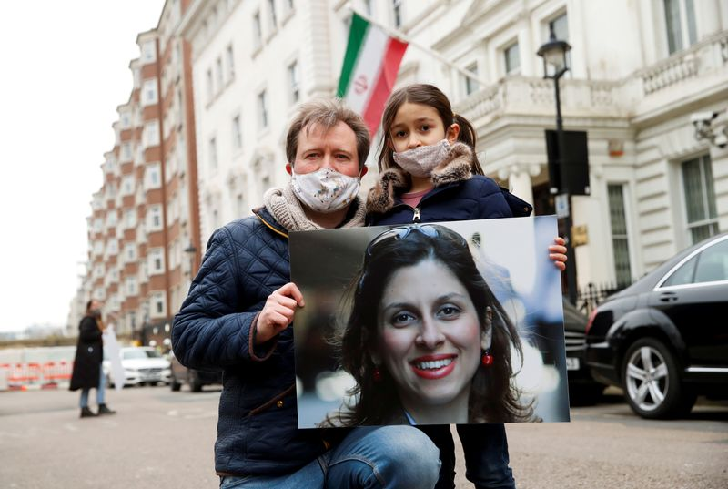 Campaign for detained British-Iranian urges sanctions on 10 Iranians